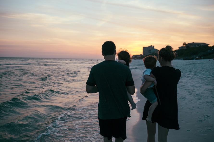 Lee más sobre el artículo Custodia encomendada a los Abuelos y otros familiares